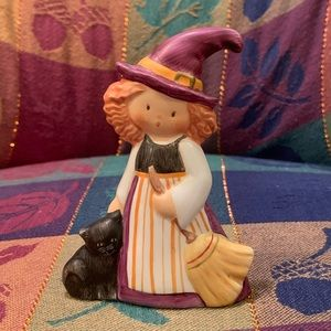 """Goebel """"A Whiskery Witch"""" Halloween Figurine"""